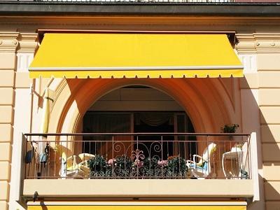 balkonines markizes balkonui