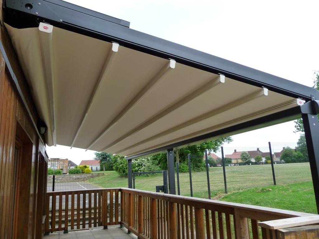 nuozulnus terasos stogas